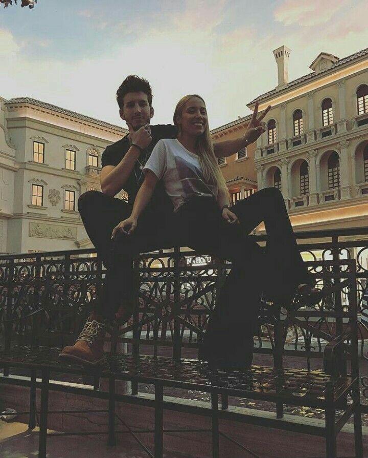 Sebastián Yatra y Luisa Fernanda  W