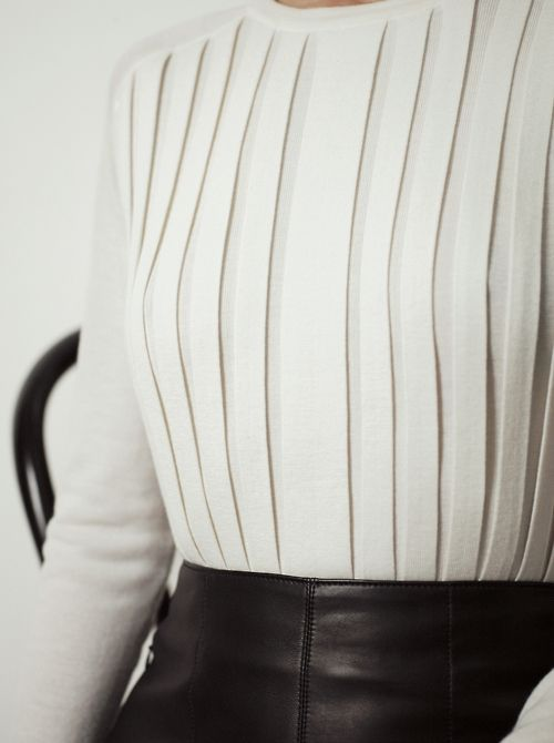 Pleated- front top
