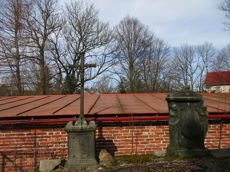 Kříž u kostela - Lipová - Ústecký kraj