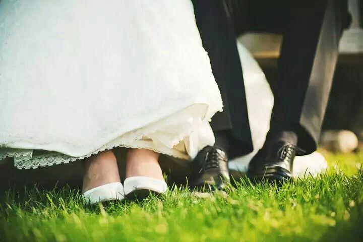 Some classic wedding pose