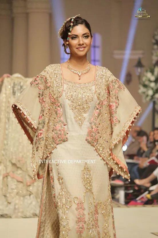 fouzia hammad dress.. pinned by sidrah younas