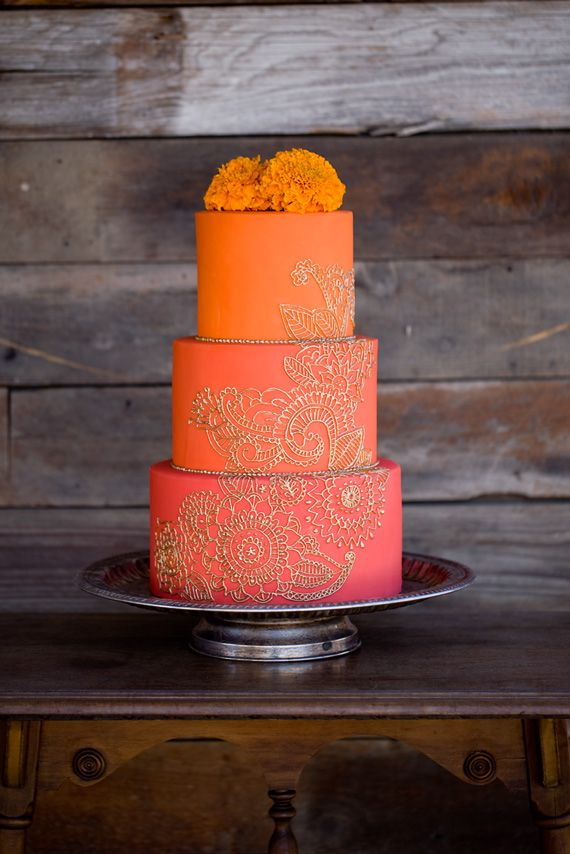 Rustic Moroccan wedding inspiration | Photo by Katie Beverley | Read more -  http://www.100layercake.com/blog/wp-content/uploads/2015/03/Rustic-moroccan-wedding-inspiration
