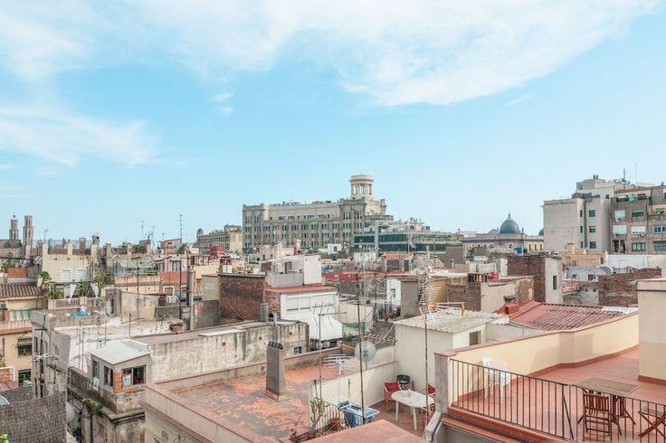 Airbnb'deki bu harika kayda göz atın: Ático, antiguo torreón del sigloXIX - Barcelona şehrinde Kiralık Çatı Katları