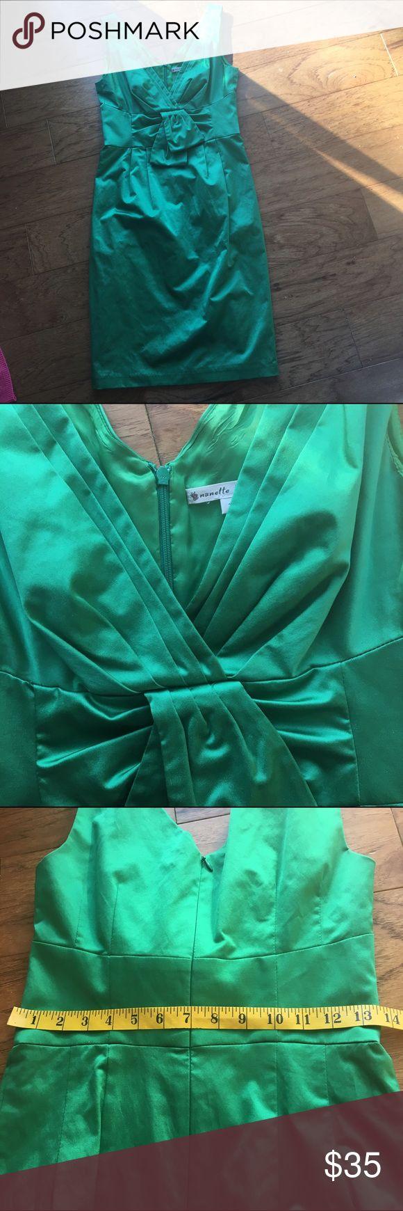 Nanette Lepore green  shift dress midi St Pat sz 2 Great pre owned condition midi lined sz 2 vivid green great for st Patrick day Nanette Lepore Dresses Midi
