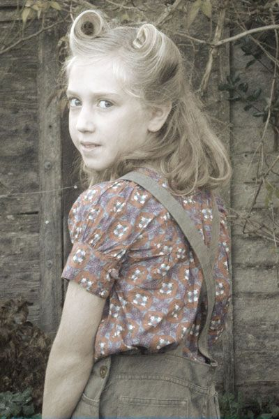 1940 S Landgirl Upcycled Dungarees Vintage Hairstyles