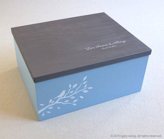 Wedding box  personalized wooden box wedding por modernvintageart, $135.00