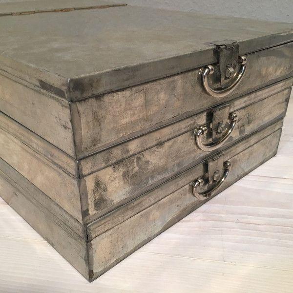 Vintage Tische - 3 alte Bank Schließfach Kassetten No.8*MID CENTURY - ein Designerstück von Mid-Century-Frankfurt bei DaWanda