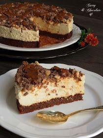 Tarta mousse de café con cobertura de chocolate, avellanas y dulce de leche – Coffee mousse cake