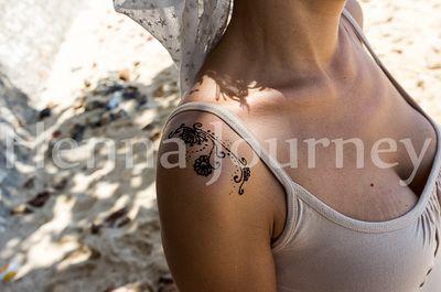 Henna delicate shoulder