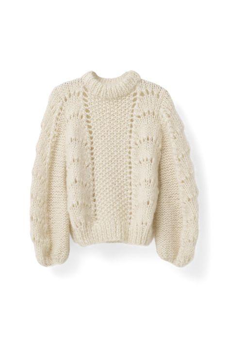 Eksklusiv italiensk håndstrikket pullover strikket af lokale italienske kvinder fra det sydlige Tuscana i Italien. Produktionen drives af en familie-ejet virksomhed. Det tager hver kvinde tre dage at strikke en sweater, og på grund af den hånd-strikkede proces, er alle stykker helt unikke. Denne pullover har et stort scallop mønster med store ærmer og en oversize pasform.