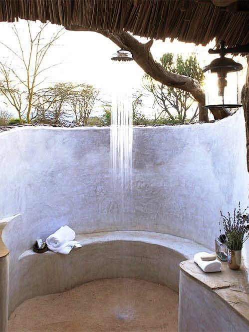Outdoor shower. Love.
