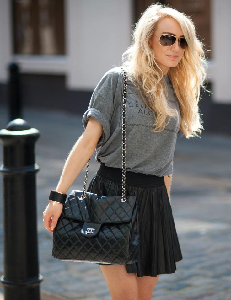 Black skater skirt with grey T keeps it edgy