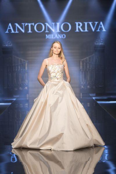Vestidos de novia escote cuadrado 2017: Diseños que nunca pasan de moda Image: 1