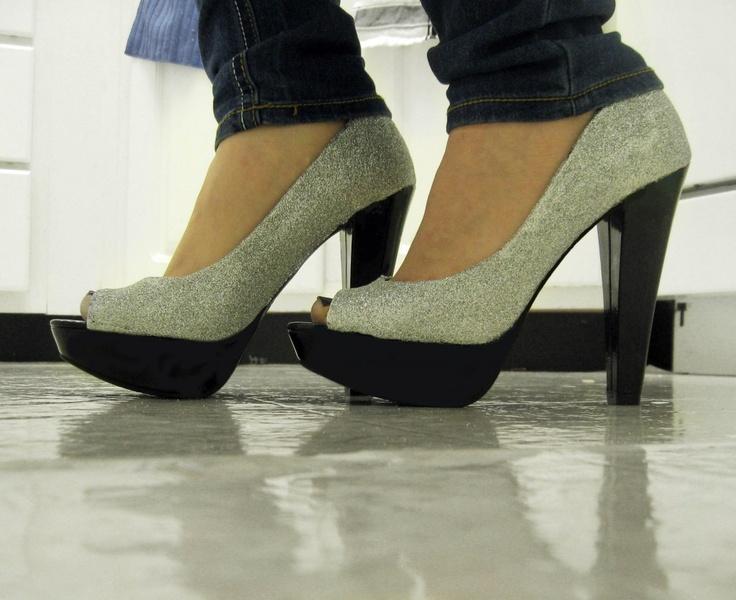 07_glitter heels final