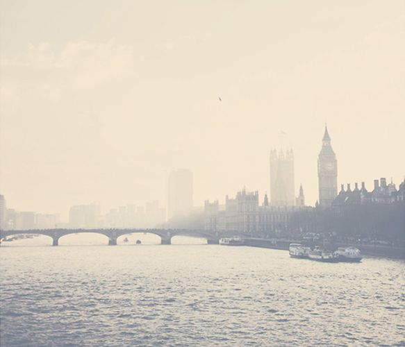 London // Thames River.