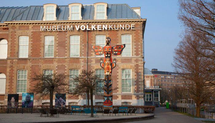 Museum Volkenkunde  Totem By Rande cook
