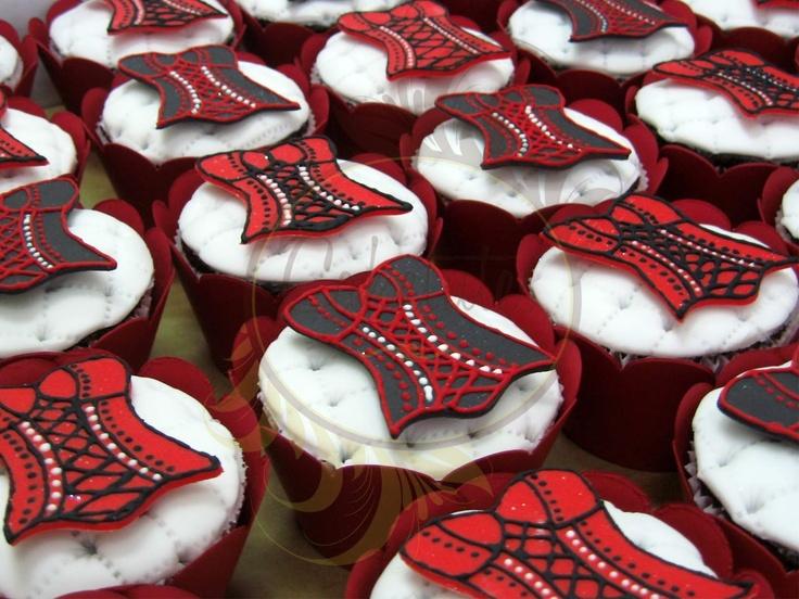 Bridal Shower Cupcakes - Caketutes Cake Designer: Cupcakes Chá de lingerie