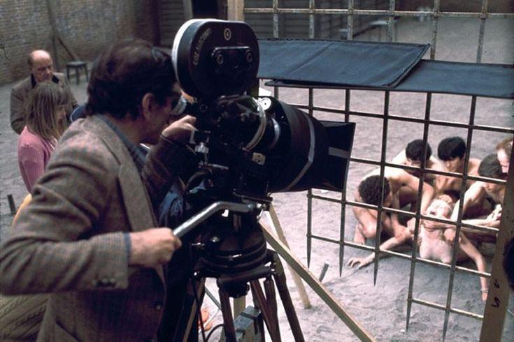 1975. Pier Paolo Pasolini filmando Salò o le 120 giornate di Sodoma.