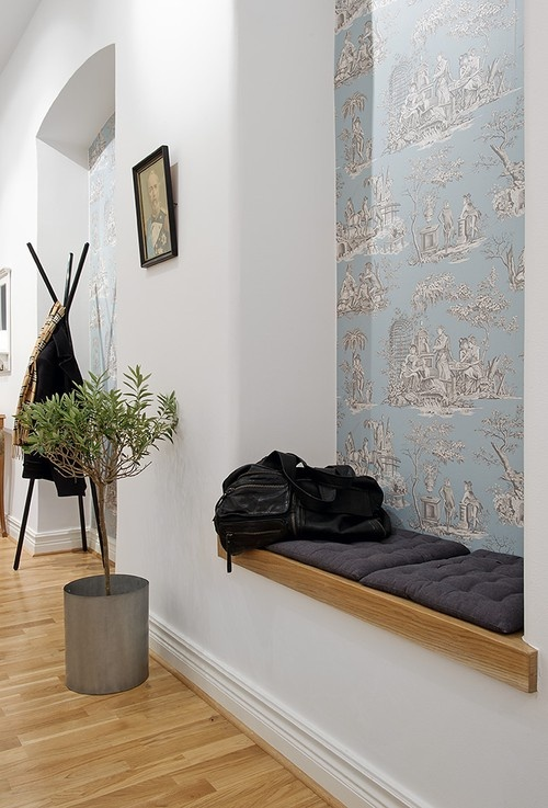 Tapet - Manuel Canovas. Like the mix of clean and contemporary with a classic soft blue toile.