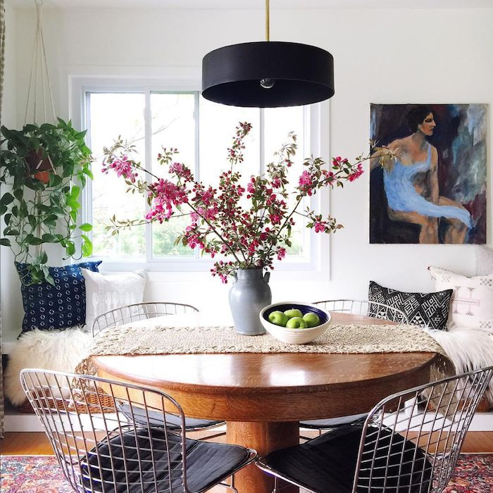my scandinavian home: Round dining table in the cosy modern bohemian home of Megan Schlachtenhaufen