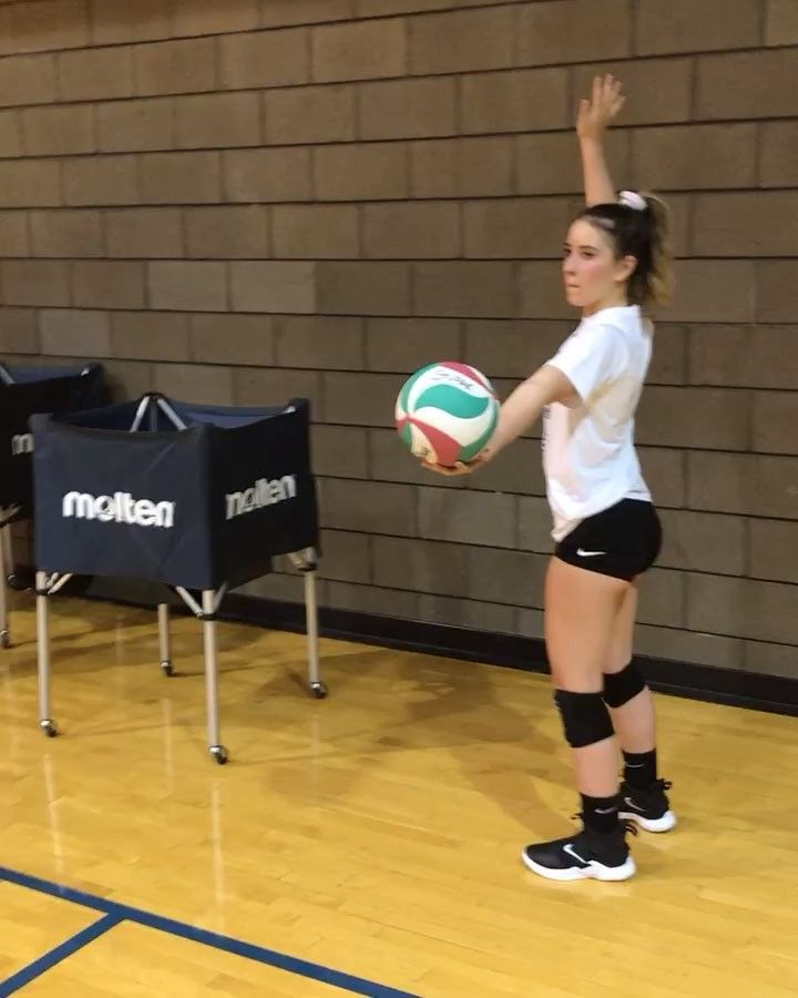 Volleyball Serves Whatre The 4 Types Of Overhand Serves In Volleyball In 2020 Volleyball Workouts Volleyball Serve Coaching Volleyball