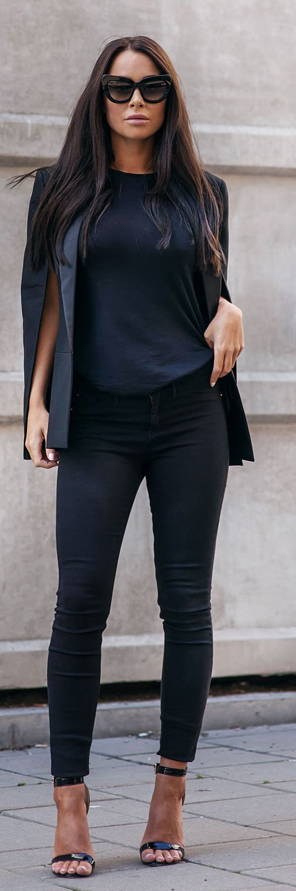 Total Black Cape Jacket Chic Outfit Idea                                                                             Source