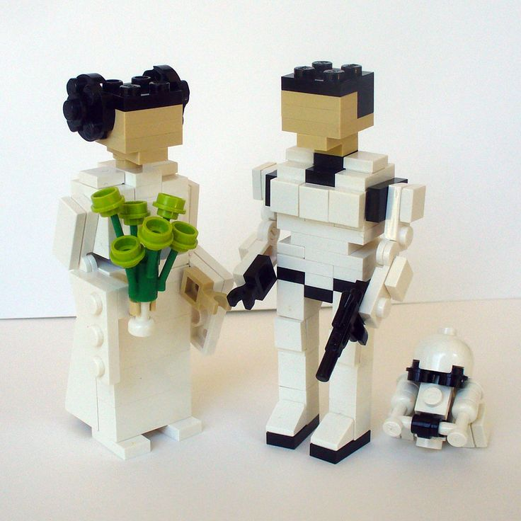LEGO Leia and Stormtrooper Wedding Cake Topper