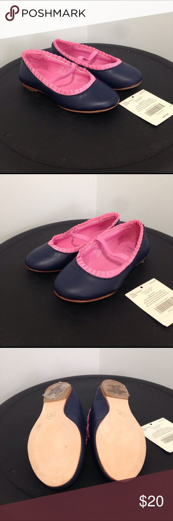 Janie and Jack navy and pink ruffle dress shoes 8 NWT Janie and Jack navy blue and pink dress shoes. Still have the stickers on the bottom! These shoes are adorable! Janie and Jack Shoes Dress Shoes