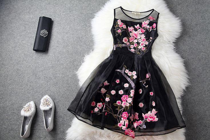 2015 de alta qualidade mulheres europeia moda vestuário partido bordados magro vestido elegante vestidos de baile XL XXL XXXL tamanho vestido de verão em Vestidos de Roupas e Acessórios Femininos no AliExpress.com | Alibaba Group