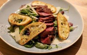 Culy Homemade: supersnelle salade met biefstuk & Parmezaan