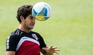 Chelsea signing Alexandre Pato is not a gamble says Guus Hiddink