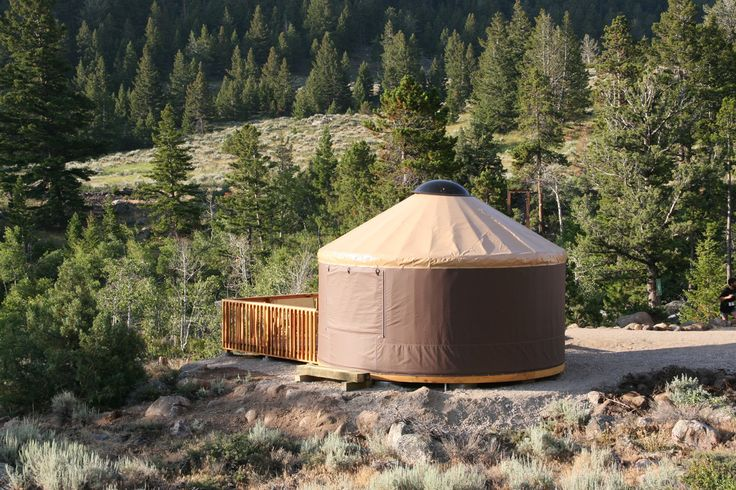 Yurts are available to rent at sinks canyon state park for Oregon state parks yurts and cabins