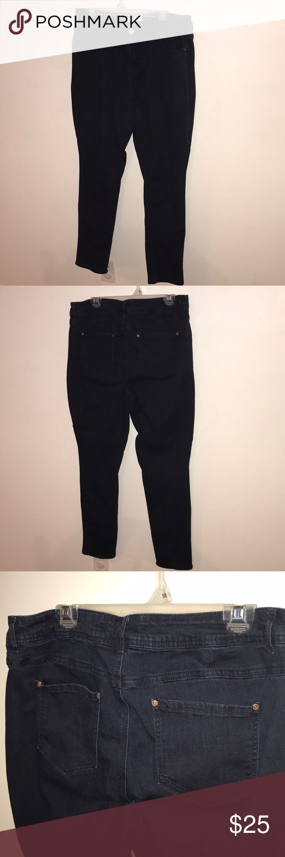 Women's stretch straight/skinny jeans size 16 Women's stretch straight leg/skinny jeans dark blue. Bought at Catos and I didn't like them but wore them twice so couldn't take them back. Size 16. They have a 30 inch inseam. Measures 17.5 inches across the waist laying flat. Measures 10.5 inches from top of waist to the crotch in the front. Measures 22.5 inches cross the hips. These jeans are super stretchy. I'm a 16 and these are a little big for me. No defects. Pet and smoke free home. Est…