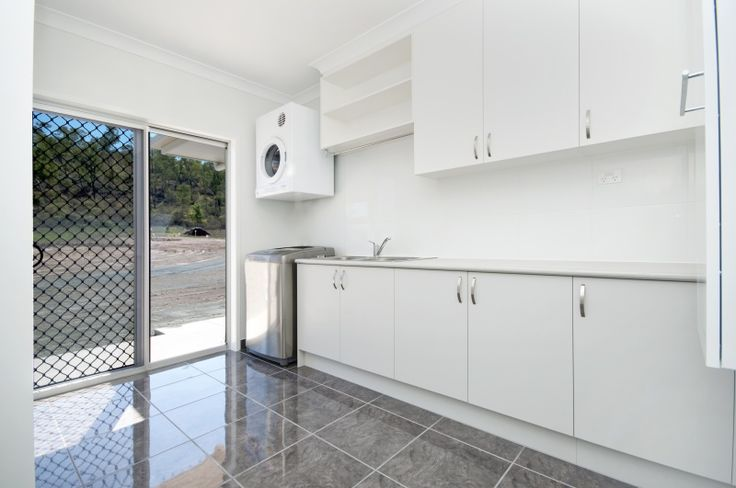 Laundry storage space for Bathroom cabinets townsville