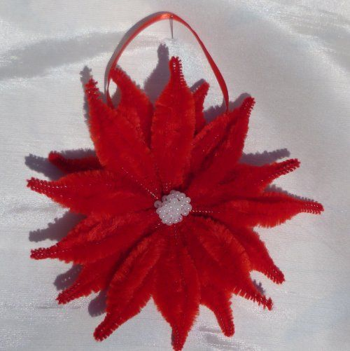 Pipe cleaner poinsettia