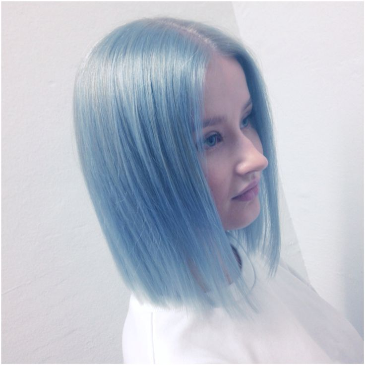 Pastelblue and the long bob