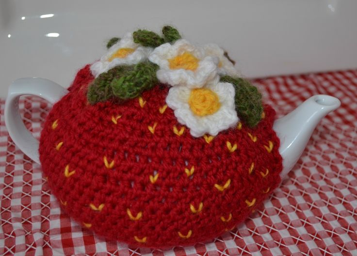 Strawberry Tea Cosy Knitting Pattern : Strawberry Tea Cosy and Teapot Red Crocheted The Little Lost Button Pinte...