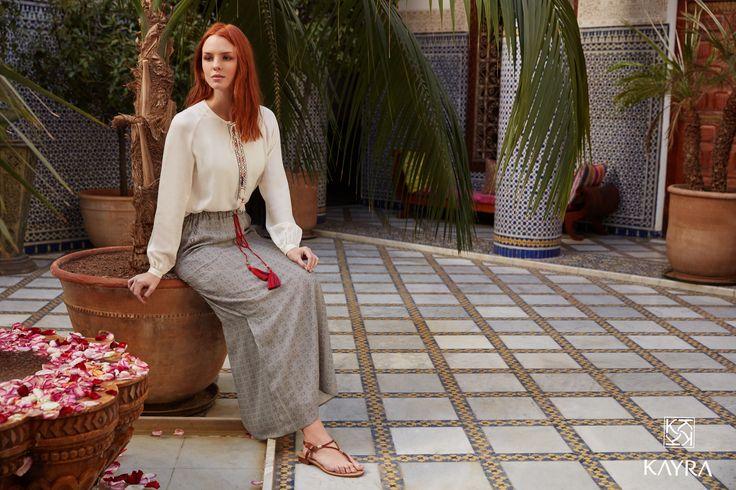 #Fas esintileri... Etnik işlemeler, püsküller, desenler...   #Moroccan vibes... #ethnic embellishments, patterns... Keşfet   Discover > http://www.kayra.com.tr/p/8833/b6-12032-desenli-puskul-detay-etek-kirmizi  Ürün kodu   Ref no: B6 12032 #Etek; B6 10016 Nakışlı #Bluz