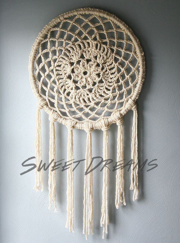 Crochet Dreamcatcher // Caught On A Whim Blog