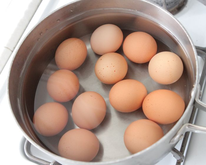 how to make perfect boiled eggs for dying