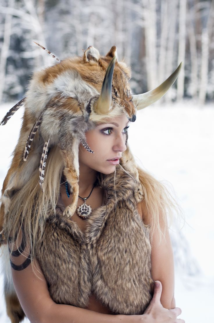 shaman jackal fur and horns tribal hat warbonnet