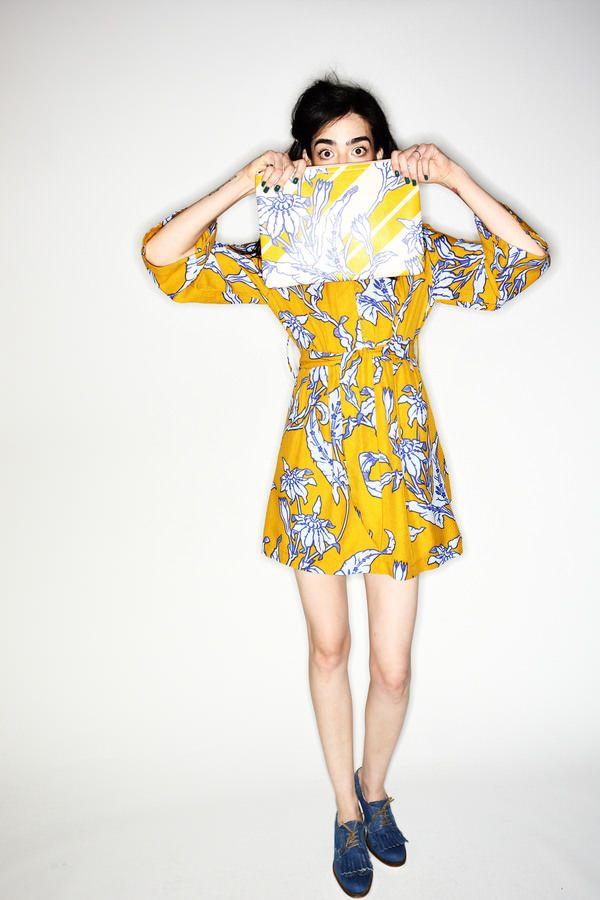 Karen Walker New York Fashion Show, more backstage pics here http://sonnyphotos.com/2014/09/karen-walker-ss15-fashion-show-new-york-backstage