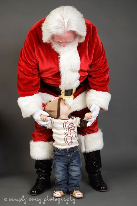 Mini photography sessions with Santa Claus in Douglasville with Atlanta photographer Corey Sewell of Simply Corey Photography