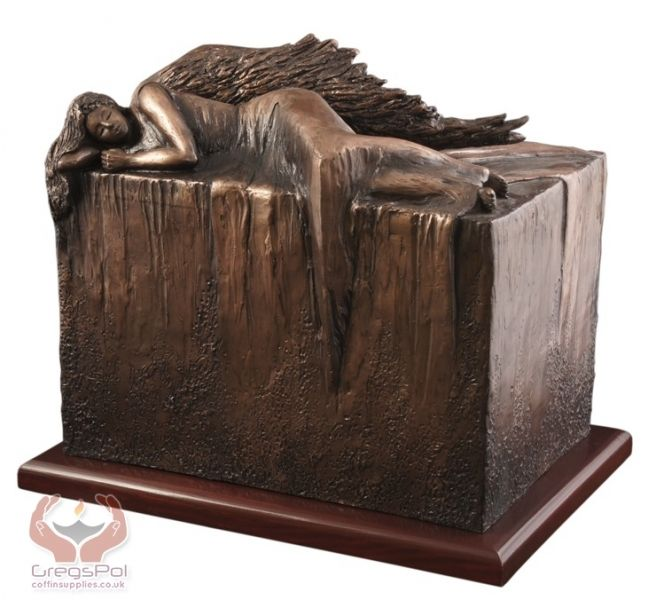 Unique Artistic Urns for Ashes ,Artist Made Cremation Urns,Urns that do not look like cremation urns at all,Funeral Urns for Adult, Uk urns