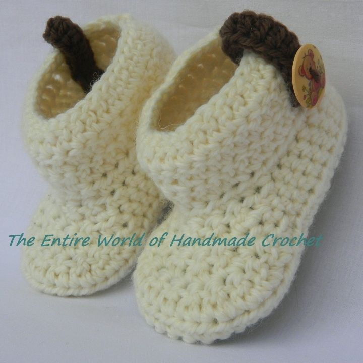 €19.  Crochet Booties for a Little Boy 6-9 months old. Ready to ship.