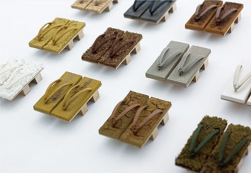 Haptic Geta by Shuhei Hasado His studio is decorated with studies for new walls, the artist does not simply use Japaneze culture, but tries to find a new frontier in it. For this project, he decided to make the surface of pairs of get, traditional japanese sandals that are worn barefoot. Shuhei Hasado has also…