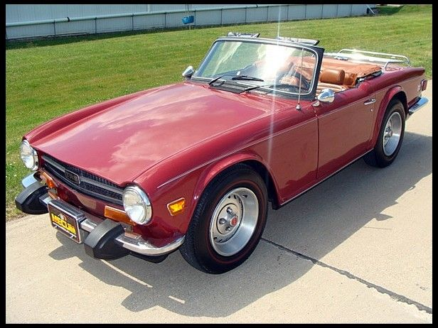 1974 Triumph TR6 Roadster (my momz drove me to school in this car and many a road trip, such a lovely ride).