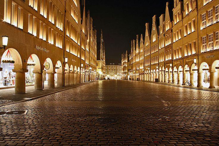 heise Foto - Galerie - Fotos - Nachtaufnahme Prinzipalmarkt Münster