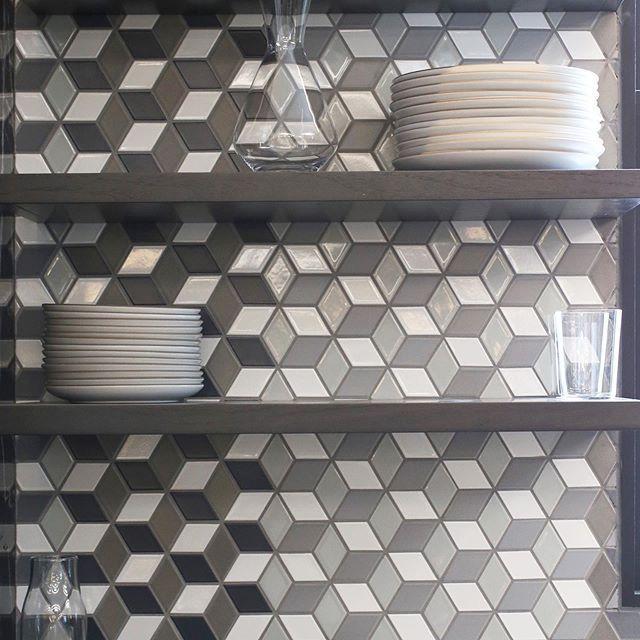 A Custom Blend Of Little Diamond Tiles Matte And Glossy Dark And Light Design Yvesbehar And Amirmortaza Heath Ceramics Tile Diamond Tile Light In The Dark