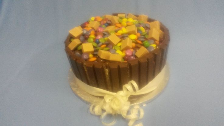 Bake 'n Take Candy Cake is so worth the calories